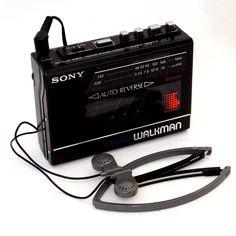 Radios, Retro, Cassette, Hifi Audio, Vintage Advertisements, Techno, Sony, Record Player, Cool Gadgets