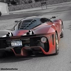 Ferrari Pininfarina pic.twitter.com/o0UzIiYms3
