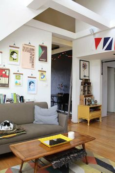 Setting Up Home: Student Style from Our House Tours   Apartment Therapy