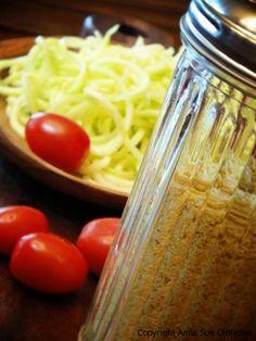 Raw Food - Parme'nut'san Cheese (vegan Parmesan)