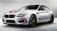 BMW M6 Coupé Competition Edition 2016 - http://autoproyecto.com/2015/10/bmw-m6-coupe-competition-edition-2016.html?utm_source=PN&utm_medium=Pinterest+AP&utm_campaign=SNAP