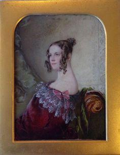 MINIATURE PORTRAIT-Unusual English portrait of a beautiful Victorian Lady