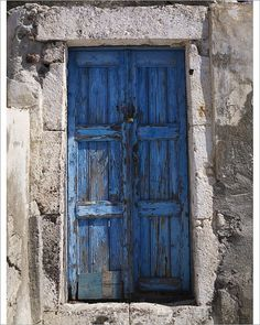 Old door. Photo of a Old door in santorini , Cool Doors, Unique Doors, The Doors, Entrance Doors, Doorway, Windows And Doors, Vintage Doors, Rustic Doors, Old Wooden Doors