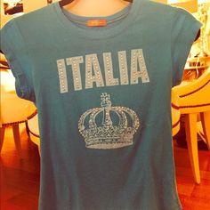 Italia studded tee shirt! Cotton tee shirt with all studs Twenty one Tops Tees - Short Sleeve