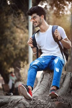 Cool Boy New Poses Pic Photography Poses Poses for boy Photo Pose For Man, Stylish Photo Pose, Boy Photo Shoot, Stylish Girls Photos, Best Poses For Men, Best Photo Poses, Portrait Photography Poses, Photography Poses For Men, Boy Poses