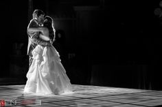 FIRST DANCE - one of the most romantic moments ©FineArt Studio Photography