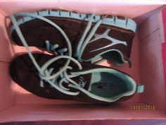 Crane Ladies Lightweight Gymshoe Size 7 | Women's Shoes | Gumtree Australia Dalby Area - Bell | 1100898750 Crane, Women's Shoes, Sneakers Nike, Lady, Fashion, Nike Tennis, Moda, Woman Shoes