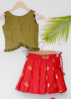 Baby Girl Dress Design, Girls Frock Design, Kids Frocks Design, Baby Frocks Designs, Kids Lehanga Design, Baby Girl Frocks, Frocks For Girls, Dresses Kids Girl, Kids Dress Wear