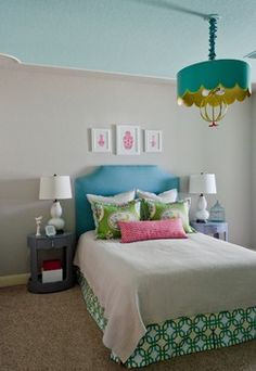 Shared girl's room/ guest room - contemporary - Kids - Austin - The Inside Story Design
