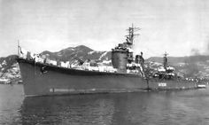 Post-war photograph of destroyer Natsuzuki of the Akizuki-class, late 1945. Seems to me the second turret was removed, and there are pieces of cloth being dried all over the ship.