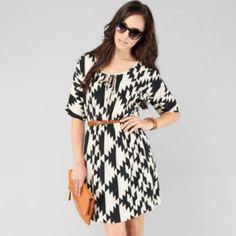 pretty black and white print dress