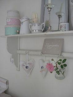 Hallo Ihr Lieben,   heute gibt es eine kleine Bilderflut von meinem Sommer-Wohnzimmer   ......ich konnte mich einfach nicht entscheiden ...