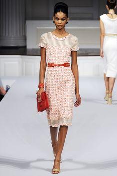 57 Ideas fashion ilustration dresses oscar de la renta for 2019 Haute Couture Outfits, Couture Dresses, Couture Fashion, Runway Fashion, Fashion Models, Fashion Dresses, Womens Fashion, Best Fashion Magazines, Oscar Dresses