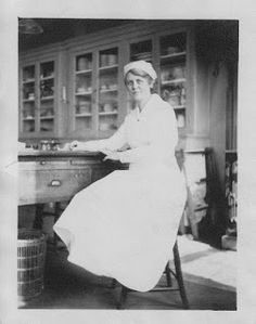 Erica's Adventures in Genealogy: A Life Re-Routed thanks to the 1918 Pandemic