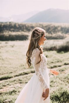 Wedding Dresses » 26 Stylish Long Sleeve Wedding Dresses to Rock!