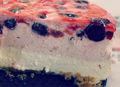 CHEESECAKE DE CEREZAS http://wwwreposteriabego.blogspot.com.es/2014/06/cheesecake-de-cerezas.html?m=1