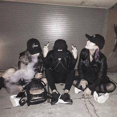 Mode Ulzzang, Ulzzang Korean Girl, Ulzzang Couple, Korean Best Friends, Korean People, Korean Aesthetic, Cute Friends, Best Friend Goals, Friend Photos