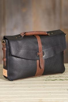 Will Bandon Leather Messenger Bag- Will Bandon Leather Messe.- Will Bandon Leather Messenger Bag- Will Bandon Leather Messenger Bag Image - Will Bandon Leather Messenger Bag- Will Bandon Leather Messenger Bag Image - - Leather Briefcase, Leather Satchel, Leather Handbags, Leather Bags, My Bags, Purses And Bags, Sac Week End, Leather Projects, Leather Accessories