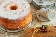 Chiffon Cake o ciambella americana - L'aPINA in cucina Chiffon Cake, Panna Cotta, Ethnic Recipes, Food, Dulce De Leche, Meal, Eten, Meals