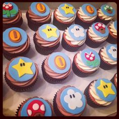 Fun Super Mario Bros themed cupcakes for a little guy's birthday! Flavors were chocolate with whipped chocolate buttercream and strawberry w. Mario Birthday Cake, Super Mario Birthday, Super Mario Party, Birthday Cupcakes, Bolo Do Mario, Bolo Super Mario, Mario Bros., Super Mario Brothers, Super Mario Bros