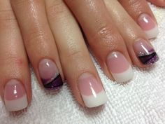 Gel nail art in purple#trends#popular