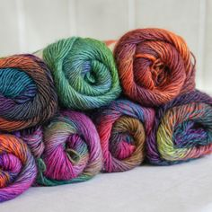 Universal Yarn Classic Shades has gorgeous long color repeats and such vibrant colors
