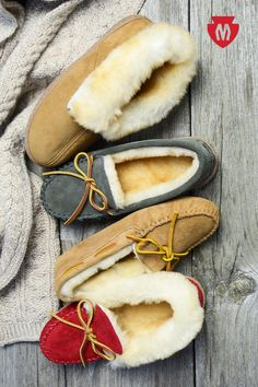 Natural sheepskin wraps your feet in pillowy warmth. Shop from a wide variety of colors and styles to suit every personality and keep you extra cozy all season long.