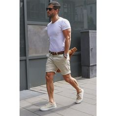 30 Street Outfit Ideas for Men in Summer 2018. Plain white tees, leather belt, shorts and not-skipping-the-leg-day.