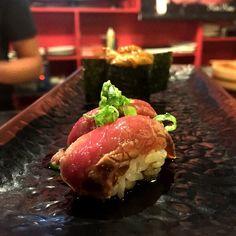 Beef tataki nigiri @ Jjanga Sushi on Decatur.. Part of our all you can eat menu! (Uni- photobomb..) #jjanga #sushi #japanese #food #beef #tataki #nigiri #uni #myfab5 #vegasdinning #vegas #foodie by ryu1075
