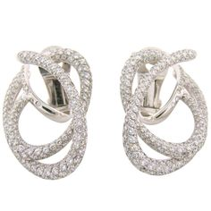 CHANEL | Diamond White Gold Earrings | {ʝυℓιє'ѕ đιåмσиđѕ&ρєåɾℓѕ}