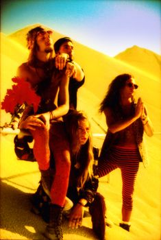 Layne Staley, Seattle, Mike Starr, Jerry Cantrell, Tortured Soul, Some Jokes, Alice In Chains, Rock Concert, Rock Legends