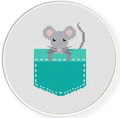 Pocket Mouse PDF Cross Stitch Pattern par DailyCrossStitch sur Etsy