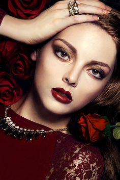 Caleb and Gladys Shades Of Burgundy, Burgundy Wine, Beauty Art, Diy Beauty, Beauty Girls, Beautiful Red Roses, Beautiful Ladies, Clipart Black And White, Stunning Eyes