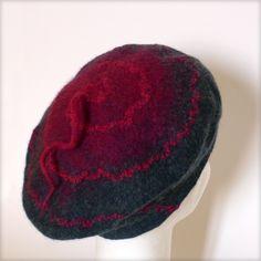 Bérêt en feutre de laine merinos gris et rouge