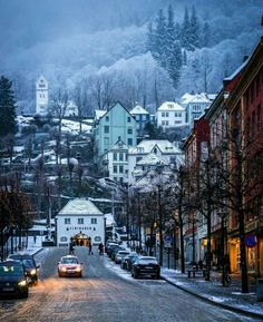 """betomad: """"streets of Bergen, Norway. winter time. photo by paulius """""""
