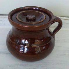Check out this item in my Etsy shop https://www.etsy.com/listing/524008853/salt-glaze-bean-pot-brown-crock-antique