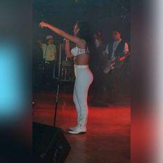 Beautiful photo od Selena live in Concert! #rare #selena #selenaquintanilla #queen #wemissyou #weloveyou