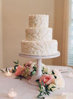 three-tiered lace cake, photo: elizabeth messina