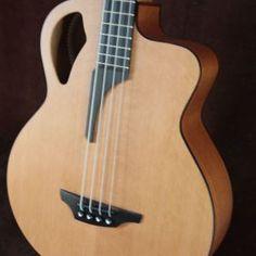 Stonebridge Guitars B61CM-E4 bass
