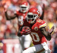 Kansas City Chiefs wide receiver Tyreek Hill scored his first NFL touchdown on a…
