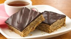 Mocha Walnut Bars w/ Dark Choc.tempting treat made easily with Pillsbury® refrigerated sugar cookies. Easy Cookie Recipes, Cake Recipes, Yummy Treats, Sweet Treats, Microwave Baking, Glass Baking Dish, Brownie Bar, Chocolate Ganache, Dessert Bars
