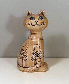 Mod Flower Power 1970's Ceramic Cat Figurine Marble by catnipalley