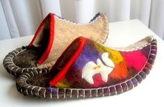Felted slippers(11)