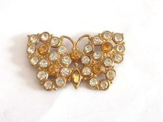 VINTAGE ART DECO GOLD TONE CLEAR & AMBER GLASS CRYSTAL BUTTERFLY BUG BROOCH