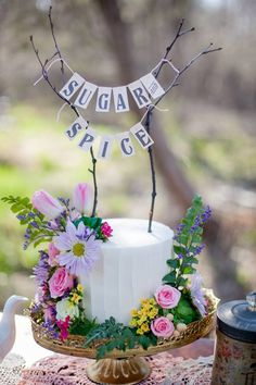 Bright and Floral Summer Cake I Inspiration Shoot I Ryke's Bakery I Jamie May Photography I Muskegon, MI