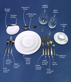 The Lost Art Of Table Manners – Dinner Etiquette How to set a table properly. Comment Dresser Une Table, Make It Easy, Dining Etiquette, Etiquette Dinner, Table Setting Etiquette, Etiquette And Manners, Table Manners, Kitchen Hacks, Food Hacks