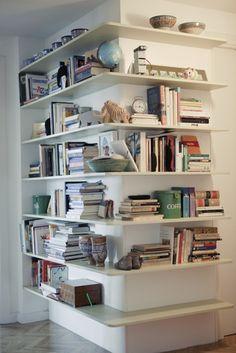 corner bookcase #decor #shelving #estante