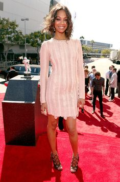 Celebrity Best Dress At 2012 MTV Video Music Awards zoe saldana in salvatore ferragamo