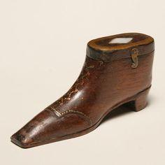 shoe snuff box