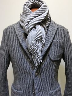 The latest men's fashion including the best basics, classics, stylish eveningwear and casual street style looks. Mens Fashion Online, Latest Mens Fashion, Sharp Dressed Man, Well Dressed, Stylish Men, Men Casual, Mens Trends, Casual Street Style, Jacket Style